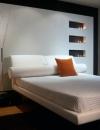 تصاميم غرف نوم باللون الابيض3