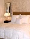 تصاميم غرف نوم باللون الابيض7