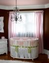 افكار تصاميم غرفة طفلة رضيعة صغيرة المساحة2