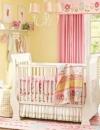 افكار تصاميم غرفة طفلة رضيعة صغيرة المساحة4