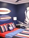 عمل تصاميم يحبها الطفل مثل صور الشاطىء المرسومة على الحائط.