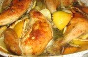 دجاج مشوي بالفرن مع الليمون والثوم والروزماري