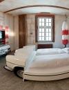 افكار تصاميم غرف نوم باللونين الاحمر والابيض
