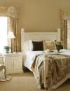تصاميم داخلية لغرف نوم بسيطة ومضيئة2