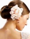 تسريحات شعر متنوعة للعروس12