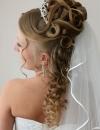 تسريحات شعر متنوعة للعروس9
