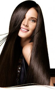 كيف تجعلين شعرك ينمو بشكل افضل