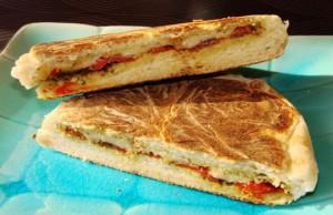 ساندويتش الجبن المشوي الايطالي