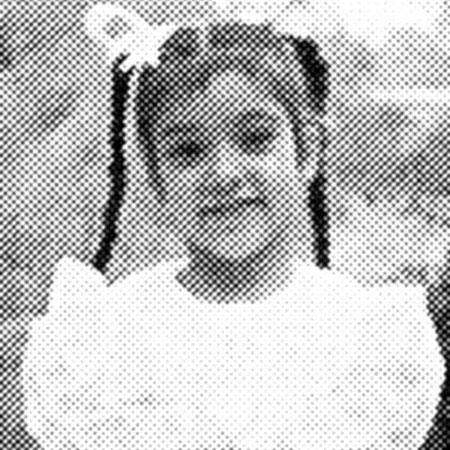 كيم كاردشيان طفلة