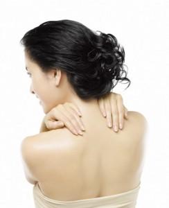 كيفية علاج حب شباب الجسم