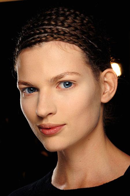 اجمل تسريحات الشعر المزين بضفيرة الجدايل لعام 20124