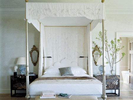 افكار تصاميم غرف نوم بمظلة فوق السرير10