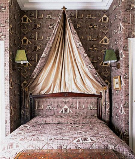 افكار تصاميم غرف نوم بمظلة فوق السرير9