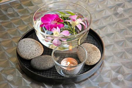 كيفية تزيين الطاولة بتنسيق زهور غريبة10