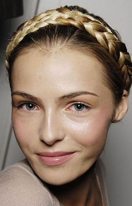 اجمل تسريحات الشعر المزين بضفيرة الجدايل لعام 20126