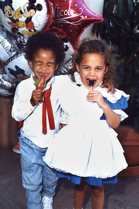 نيكول ريتشي بعمر 4 سنوات Nicole Richie