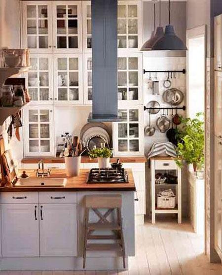 استغلال المسافة العامودية الى الاعلى لخلق مزيد من المساحة في مطبخك من ايكيا