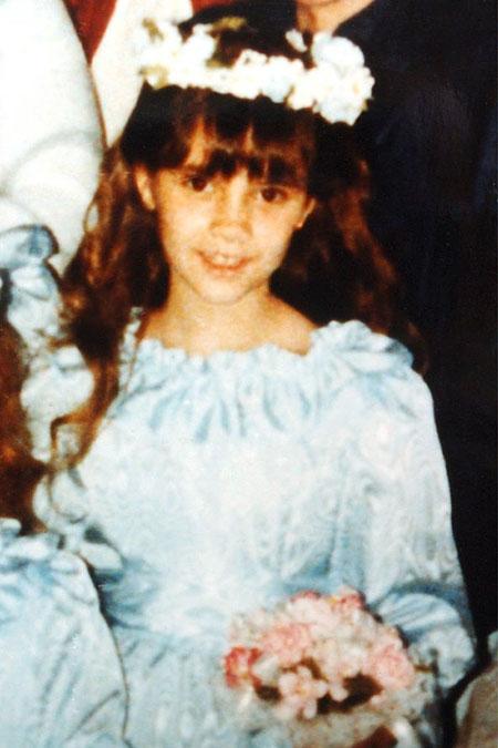 فيكتوريا بيكهام  بعمر 8 سنوات Victoria Beckham