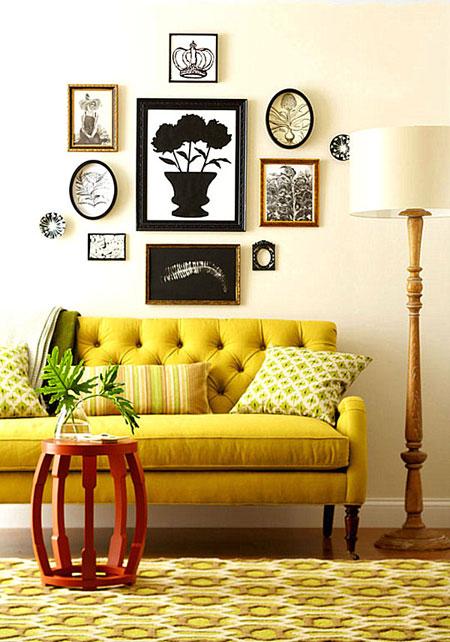 غرفة معيشة بلون الخردل الاصفر