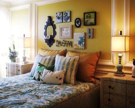 افكار ديكور جدران غرف النوم اللون الغامق13