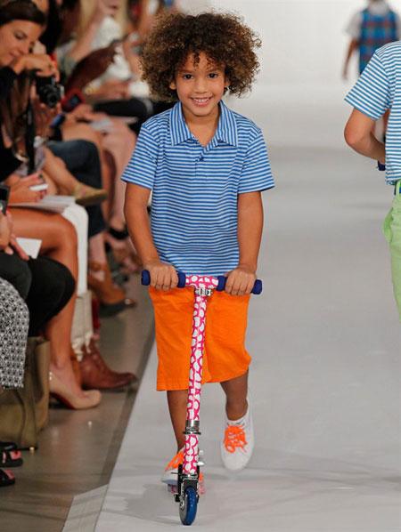 موديلات ملابس اطفال من اوسكار دي لا رينتا لربيع وصيف 2013