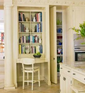ديكورات رفوف في الحمام والمطبخ واسفل الدرج