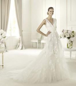 فساتين زفاف رومانسية من مجموعة ايلي صعب لربيع وصيف 2013