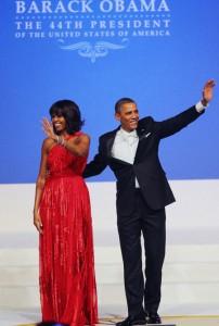 ماذا ارتدت ميشيل اوباما في حفلة تنصيب الرئيس باراك اوباما