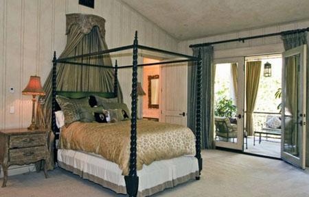 بيت بريتني سبيرز في بيفرلي هيلز