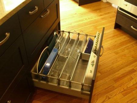 افكار خلاقة لتنظيم تخزين صواني الخبز في مطبخك
