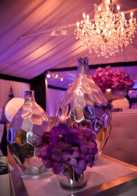 تصاميم طاولات اعراس بورود بنفسجية
