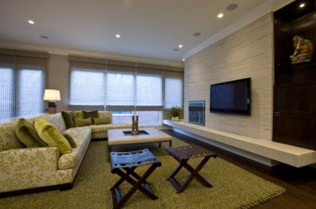 جدار TV بسيط مع رفوف عائمة من جانب لاخر