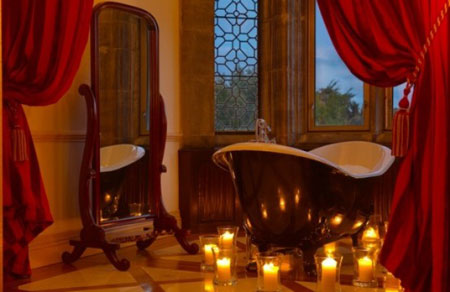 ديكورات رومانسية في الحمام