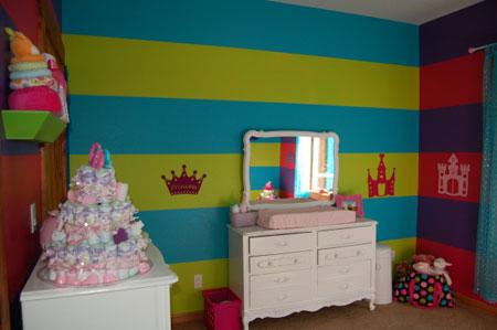 ديكور غرفة نوم رضع  بيبي ملونةديكور غرفة نوم رضع  بيبي ملونة
