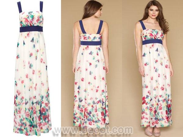 فستان ماكسي باللون العاجي بمطبوعات زهور من مونسون