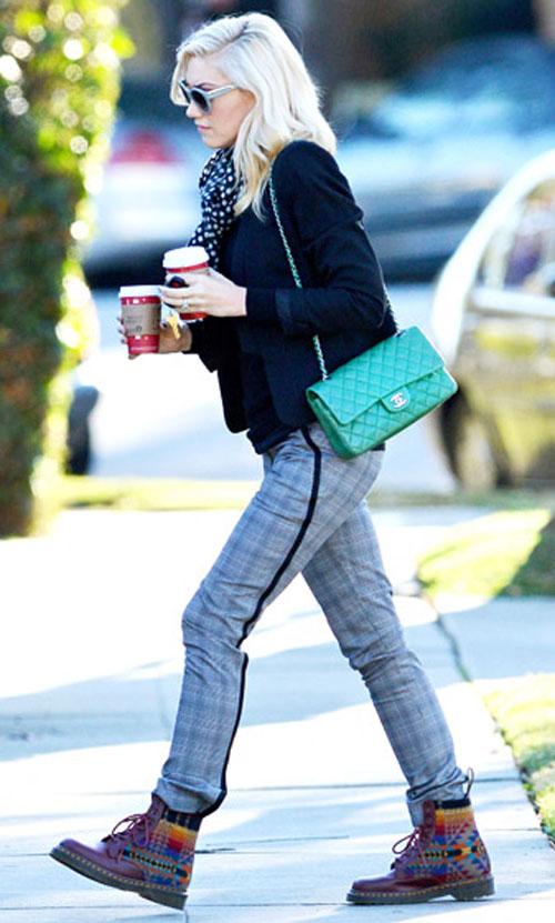 غوين ستيفاني,ارتدت حقيبة شانيل مبطن بلون الزمرد في 7 يناير في لوس انجليس