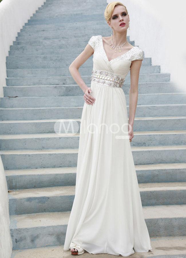 فستان سهرة لون ابيض