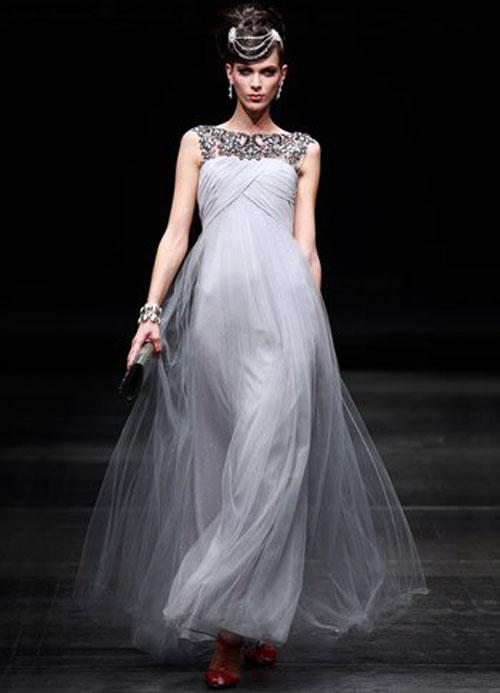 فستان سهرة لون رمادي