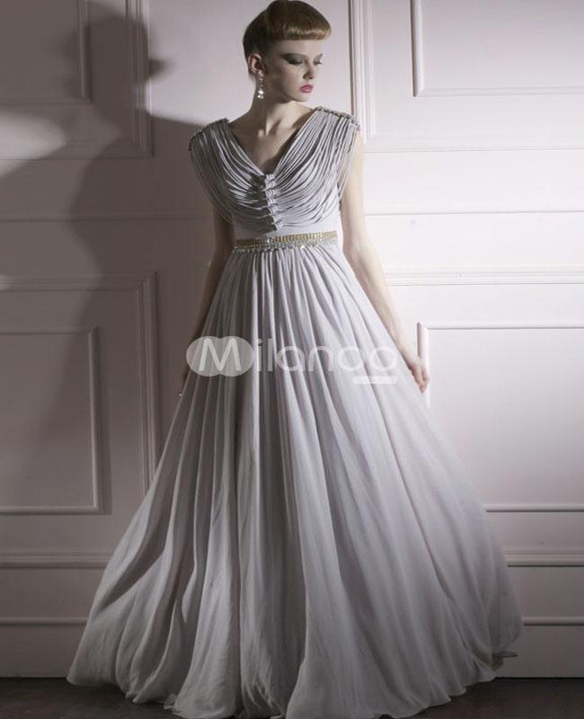 فستان سهرة لون فضي