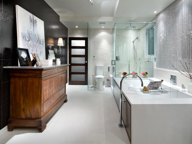 White Bathroom Decor Ideas Pictures Tips From Hgtv: تصاميم حمامات راقية باللون الابيض و الاسود