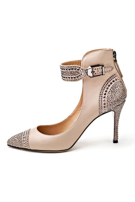 a57b107e9 موديلات احذية كعب عالي من فالنتينو Valentino لربيع 2013