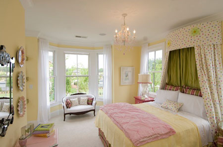 بيوت كوم غرف نوم بنات باللون الاصفر